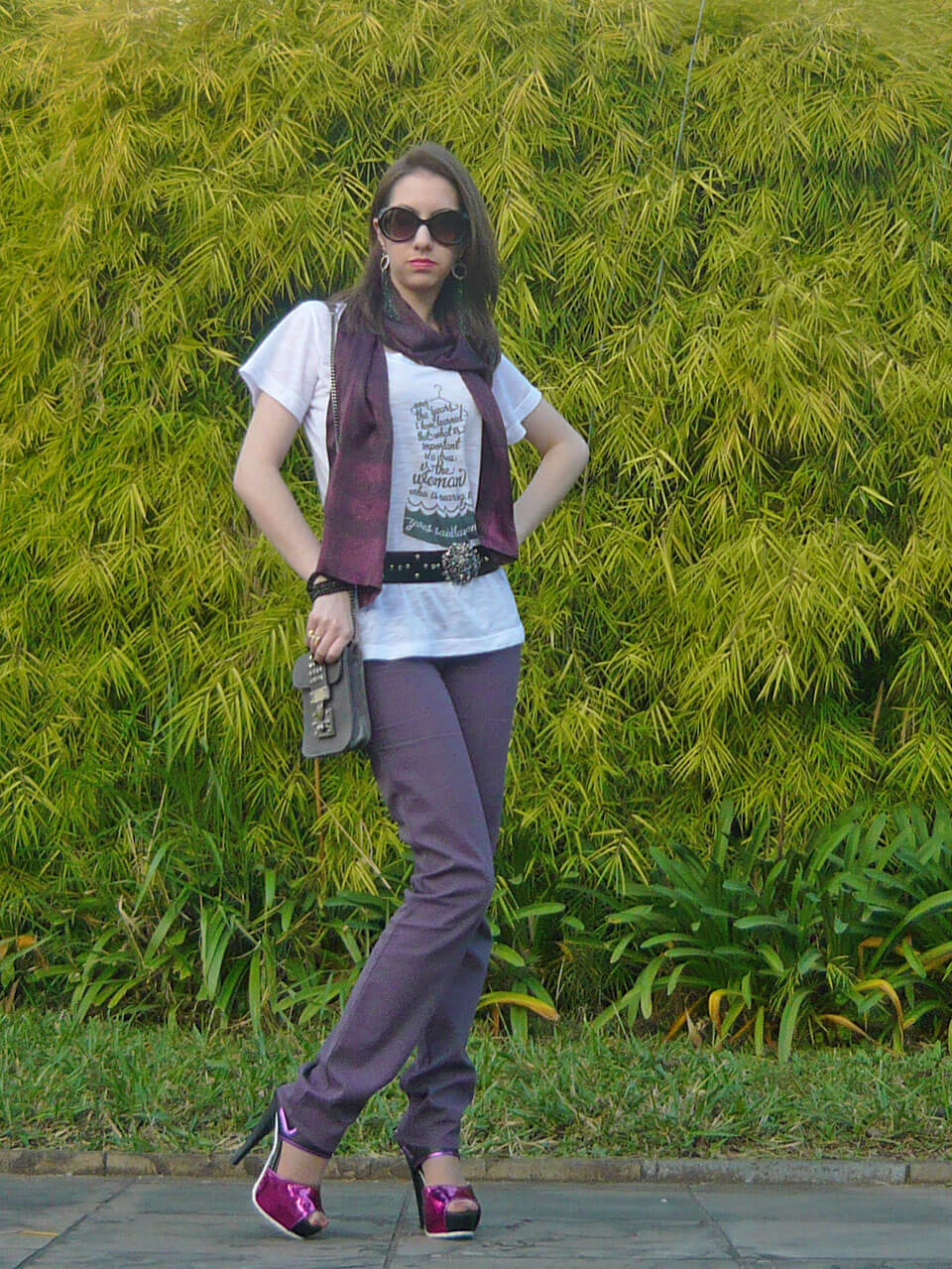 Look do Dia: T-shirt e Roxo