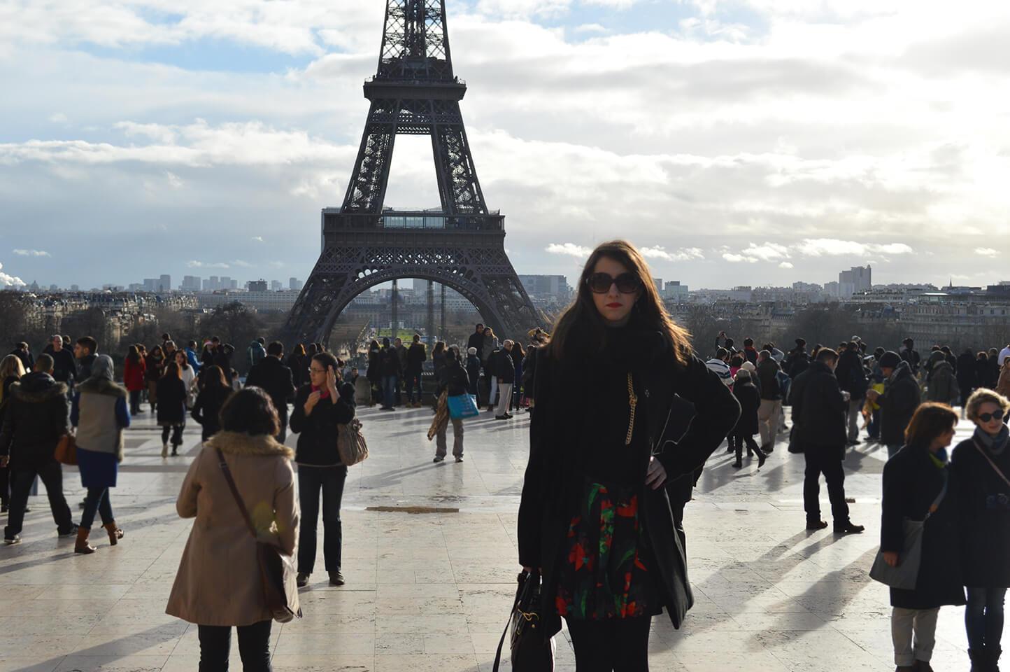 Look do dia na Torre Eiffel em Paris - Inverno 2014