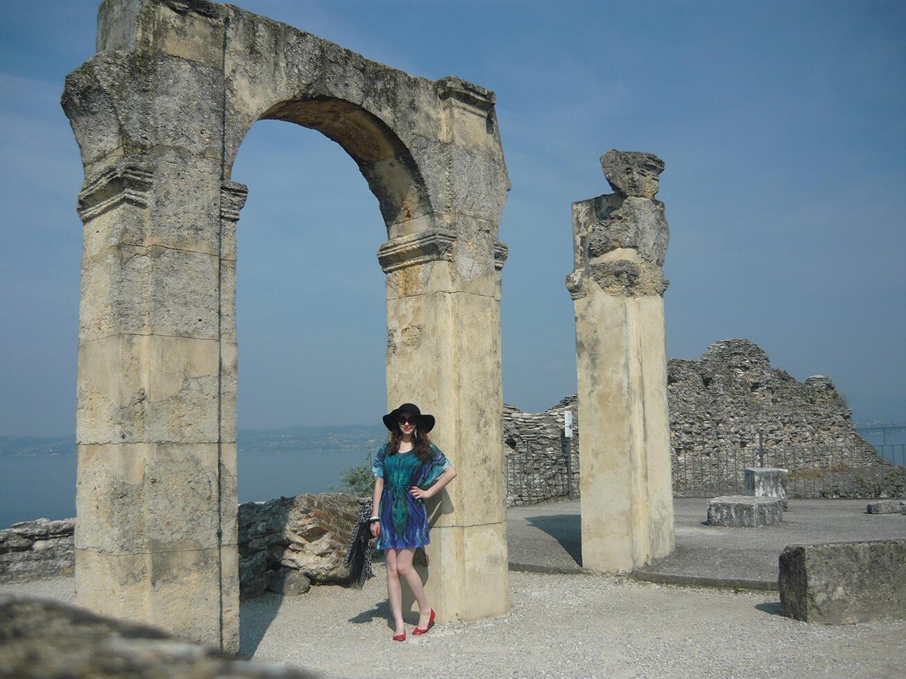 Look do Dia em Sirmione no Lago di Garda na Itália