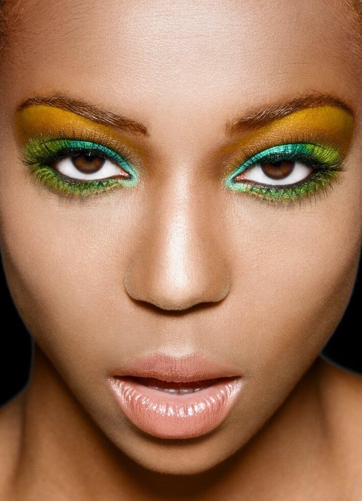 Maquiagem verde e amarela para a Copa do mundo no Brasil