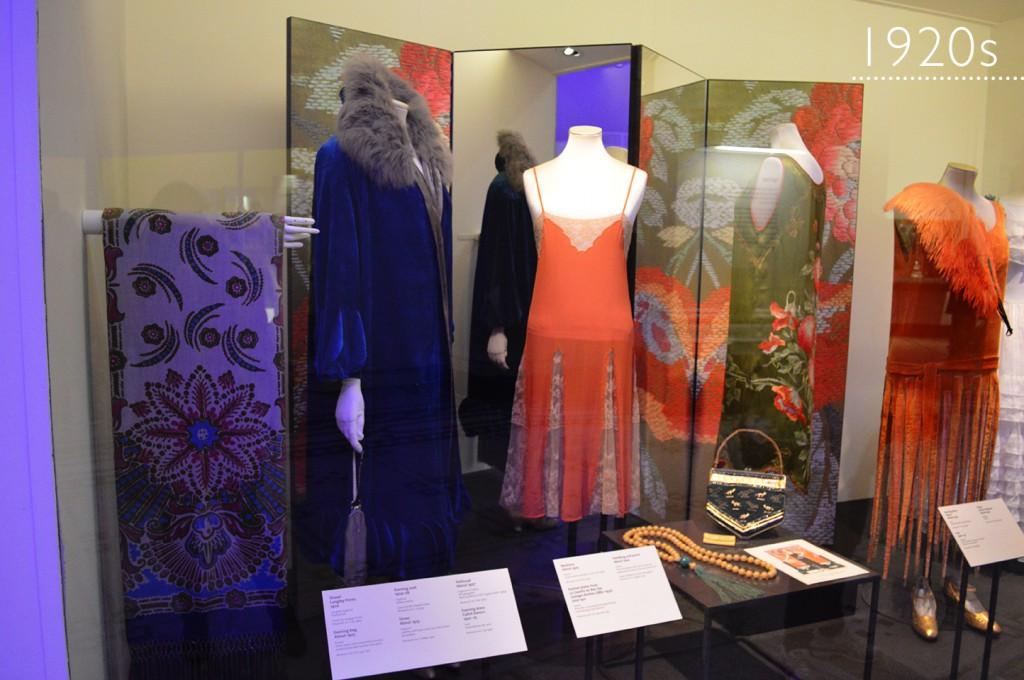 Coleção de moda: Anos 1920s Victoria & Albert Museum