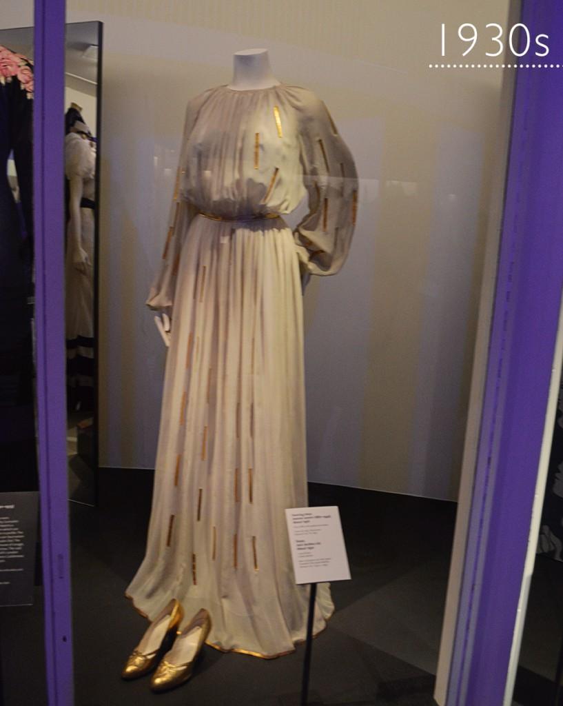 Coleção de moda: Anos 1930s Victoria & Albert Museum