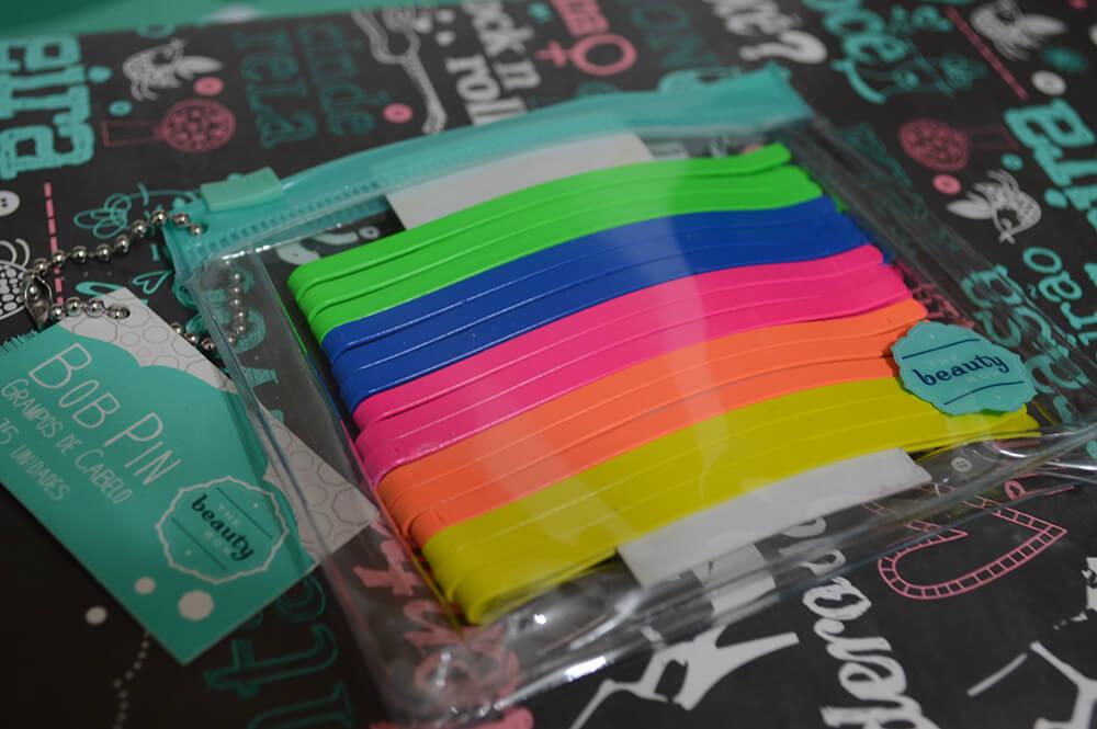 Bob Pin colorido: Os grampos de cabelo da The Beauty Box em cores.