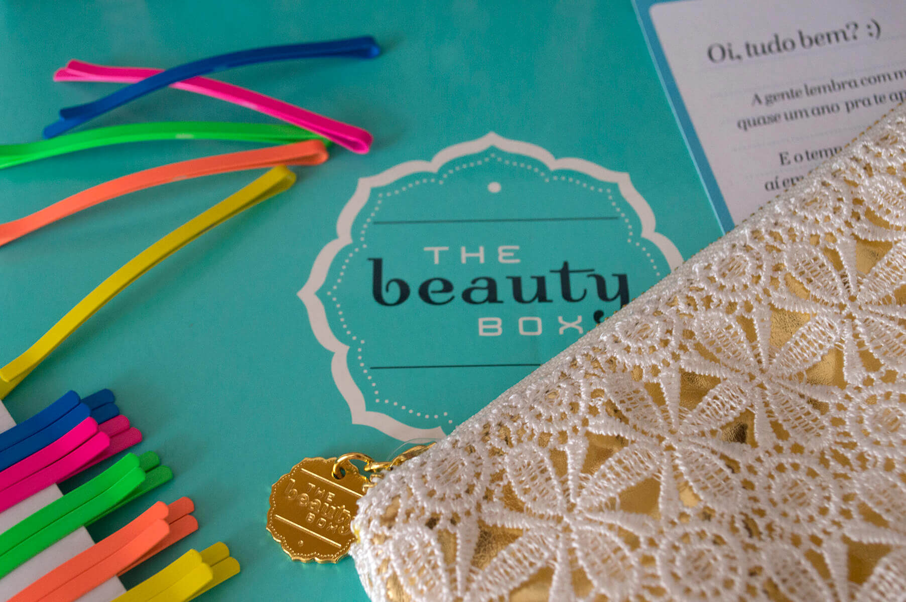 The Beauty Box: Nécessaire e Bob Pins coloridos