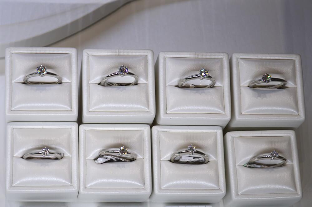Solitários, anéis de diamante da Tiffany & Co. em Curitiba