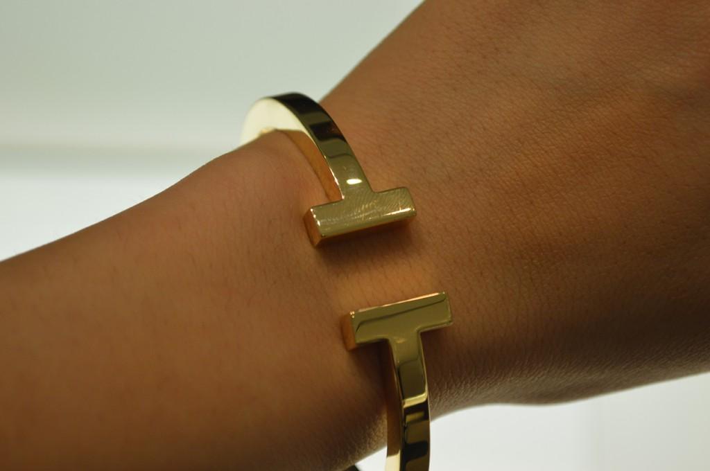 Pulseira da coleção Tiffany T em ouro 18k.