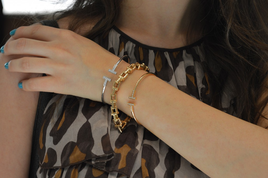 Tiffany & Co. lança coleção Tiffany T em Curitiba