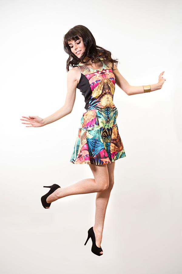 Look: Vestido estampado, uma tendência para o verão