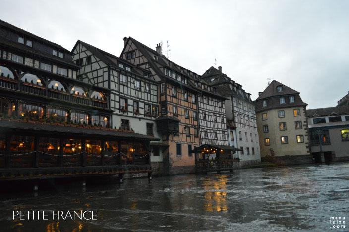 Petite France: Ponto turístico em Strasbourg