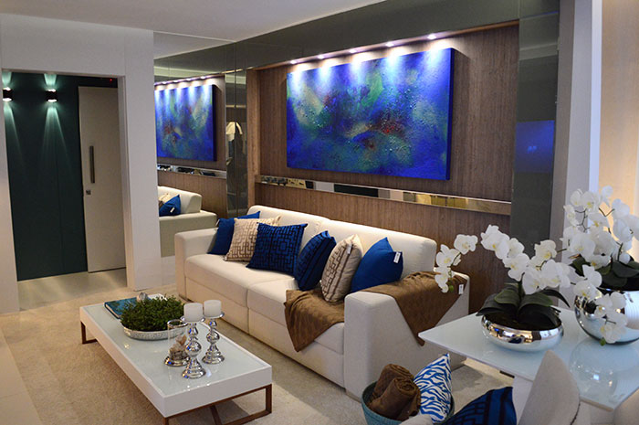 Sala de Estar com azul na Casa Cor PR 2014