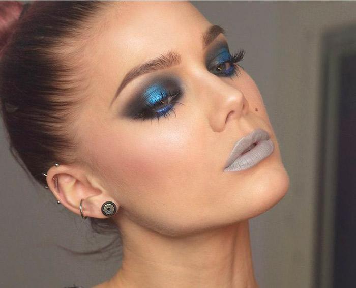 Maquiagem: Batom Cinza e sombra azul
