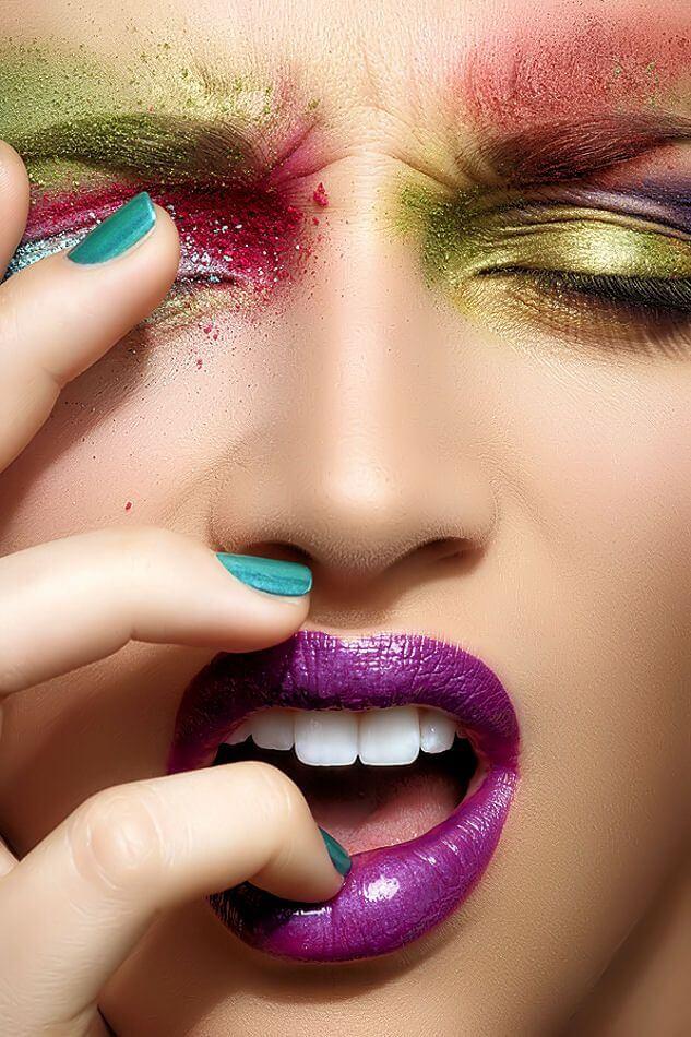 Maquiagem colorida para Carnaval
