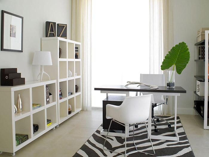 Escritório/Home Office com nichos