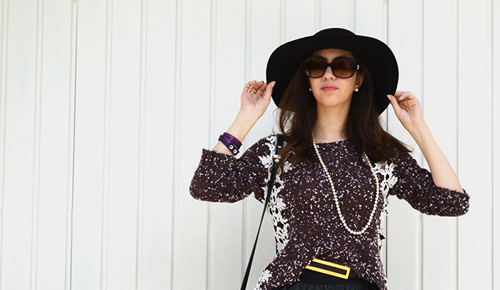 Look do dia: Saia + tricô + botas over the knee