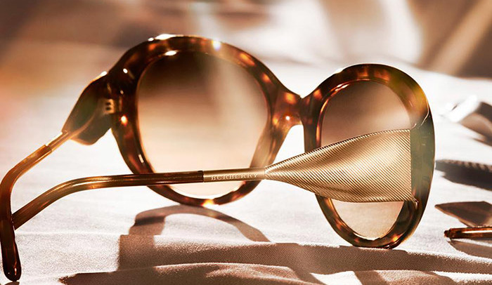 Burberry lança The Gabardine Collection de óculos de sol