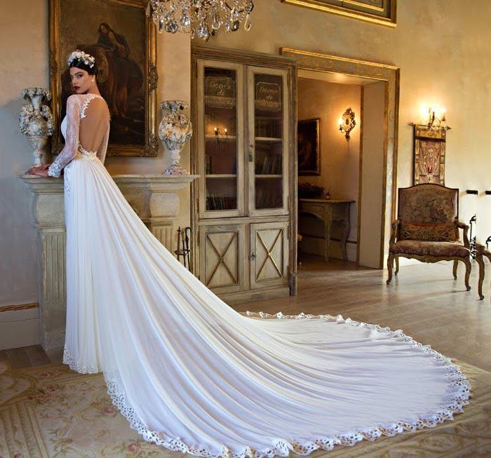 Vestido de noiva com cauda longa