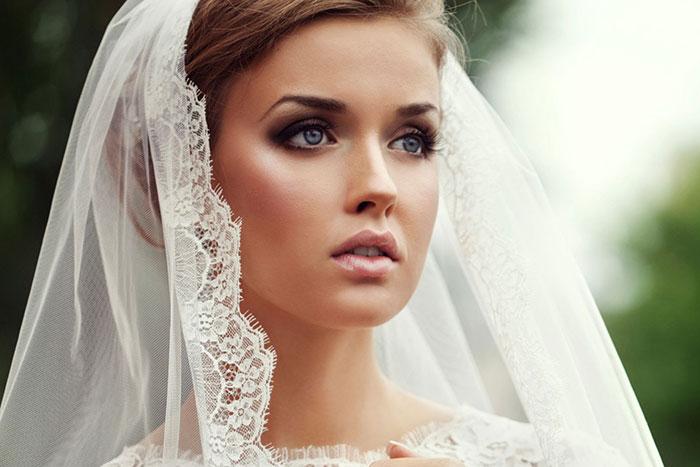 Maquiagem de noiva com sombra marrom