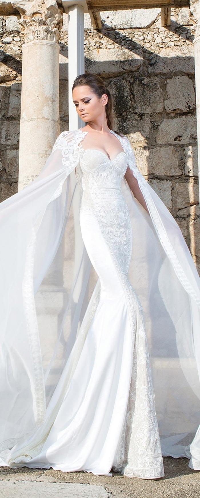 Vestido com capa para casamento