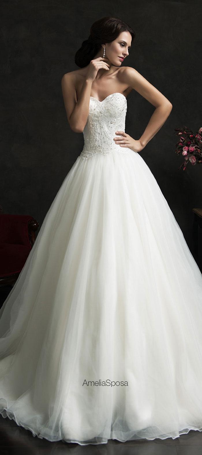 Tomara-que-caia branco para noivas