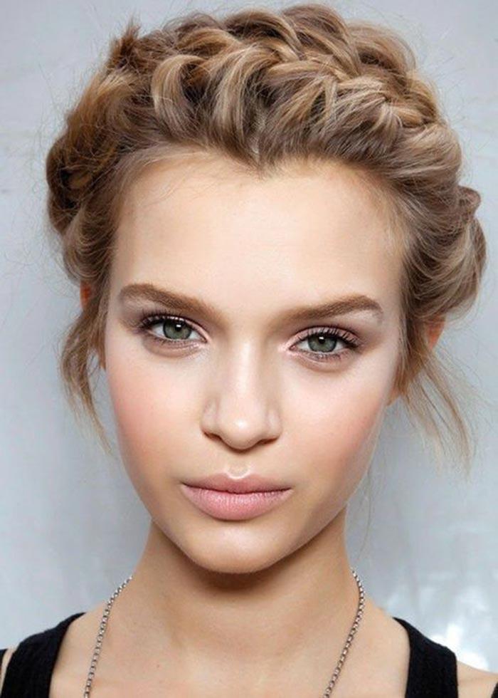 Maquiagem clean e clássica