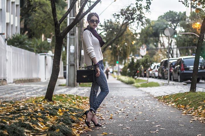 Manu Luize com look de outono/inverno