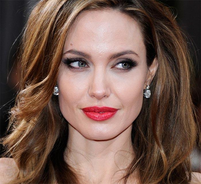 Maquiagem para formatura - Angelina Jolie