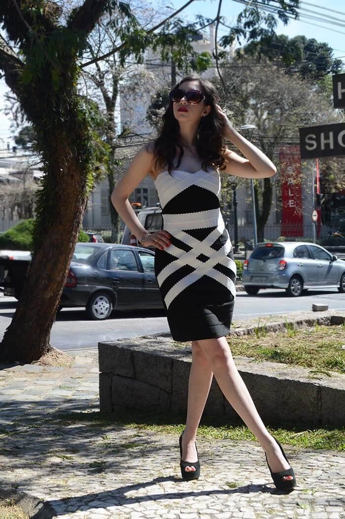 Manu Luize - Vestido preto e branco