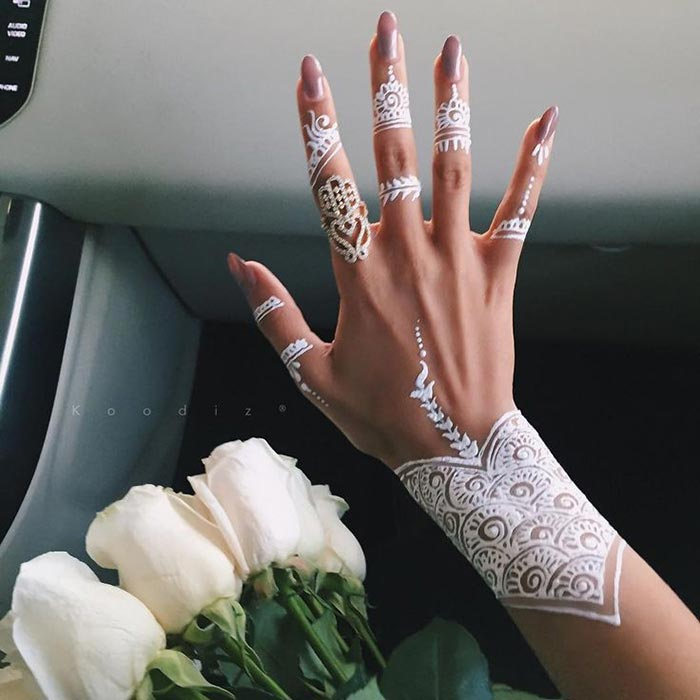 Mehndi Design Couple Hands : Tatuagem branca white henna tattoo manu luize