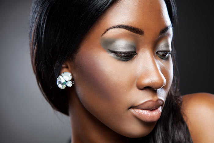 Maquiagem para pele negra noiva