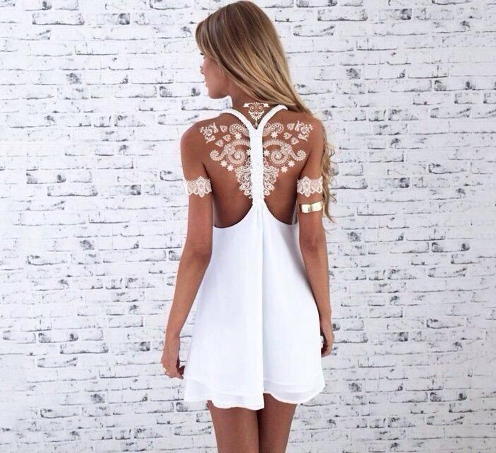 Tatuagem branca nas costas