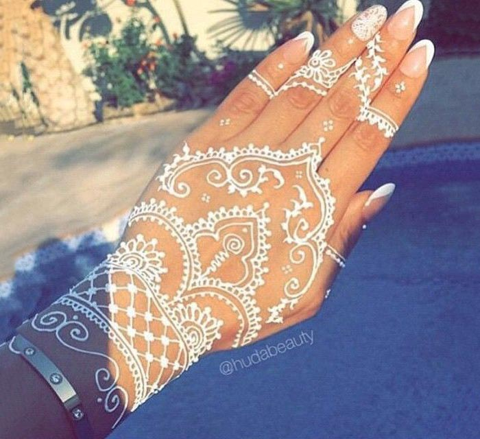 Tatuagem Branca White Henna / Tattoo | Manu Luize