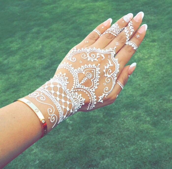 Tatuagem branca / White tattoo