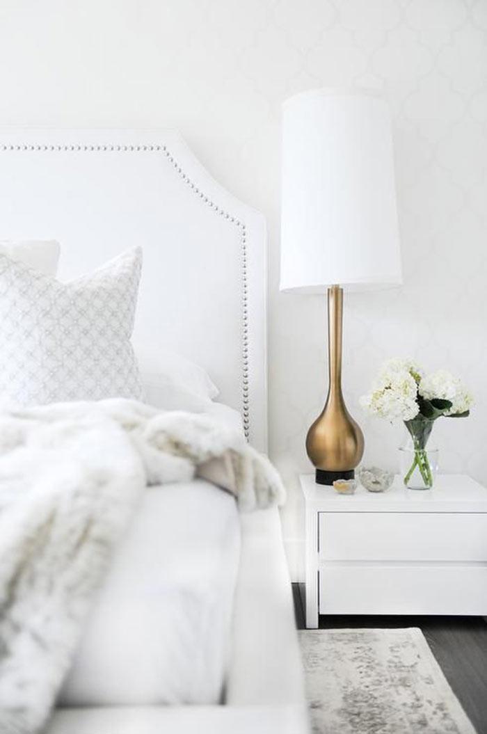 Decoração de quarto de casal elegante