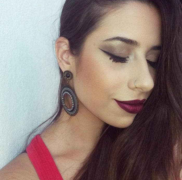 Maquiagem com Batom metálico