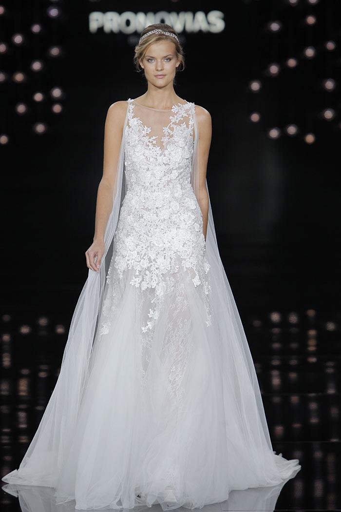 Vestido de noiva com renda - Pronovias