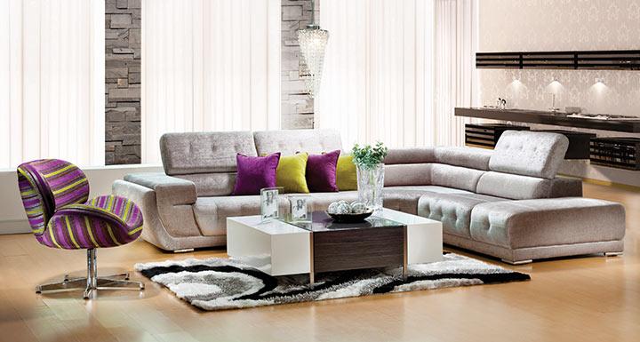 Salas minimalistas com cor