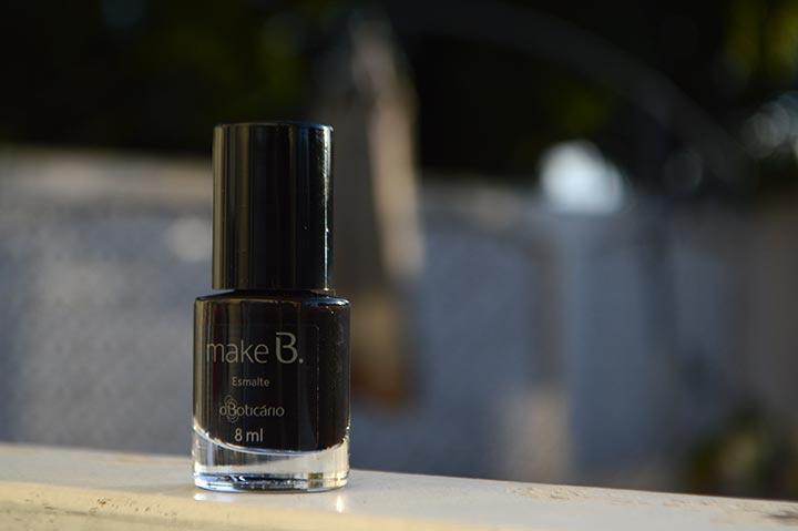 Esmalte preto: Black Way da Make B.