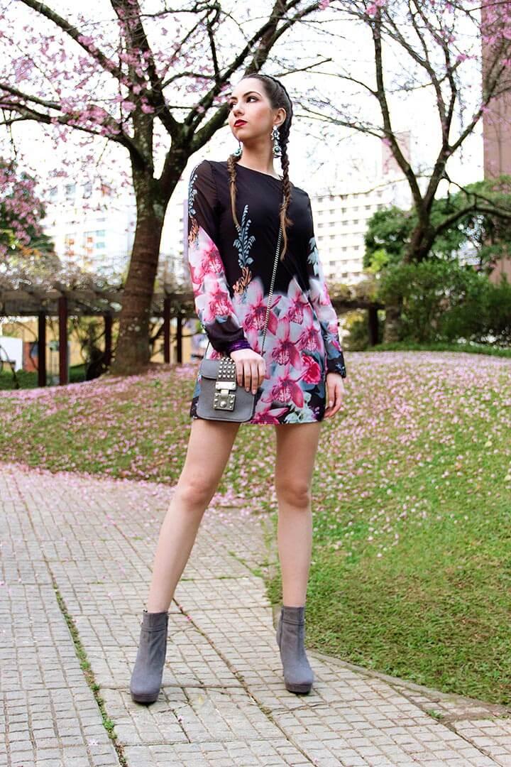 Look do dia com vestido floral