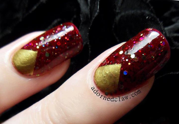 Unhas decoradas vermelhas com dourado