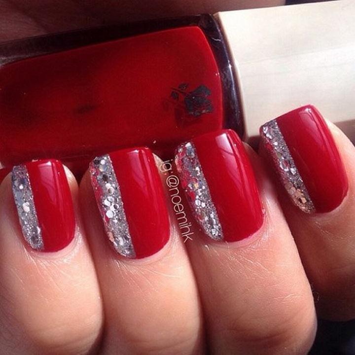 Unhas decoradas vermelhas e prata