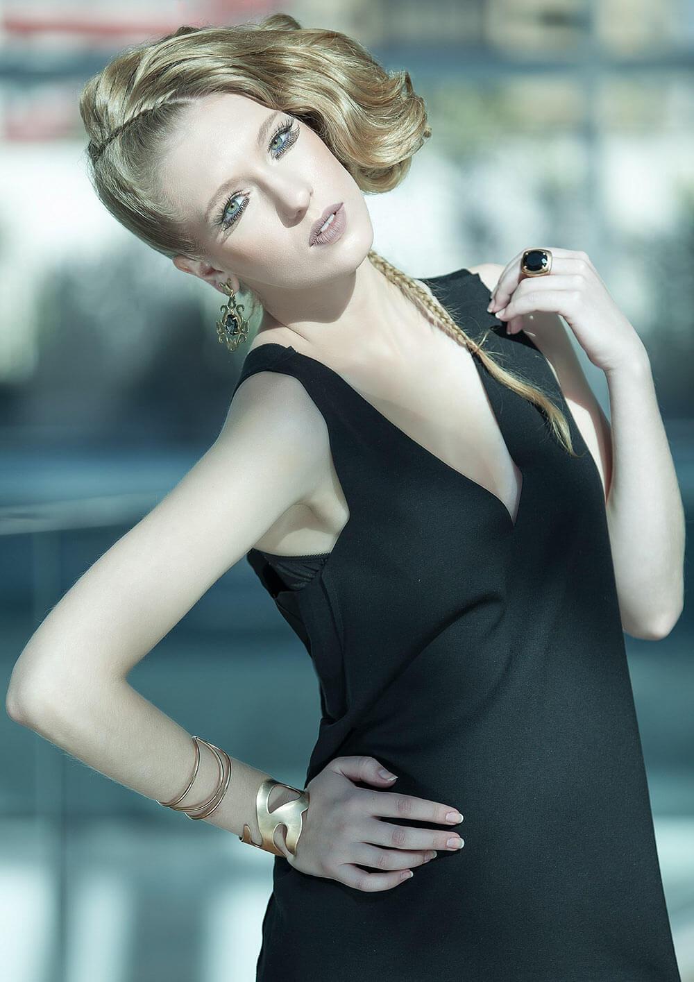 Vestido preto minimalista