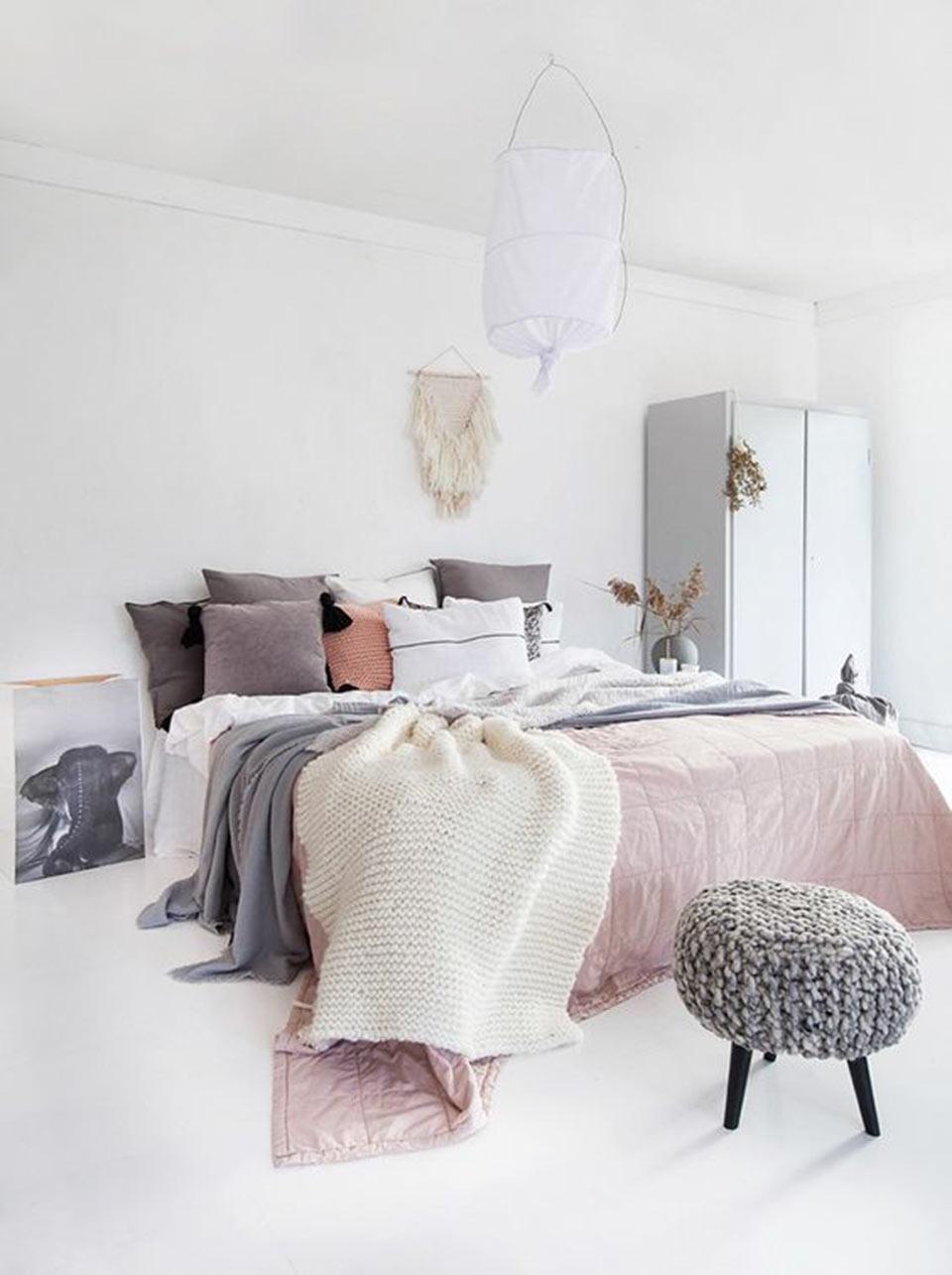 Quartos decorados cinza e rosa