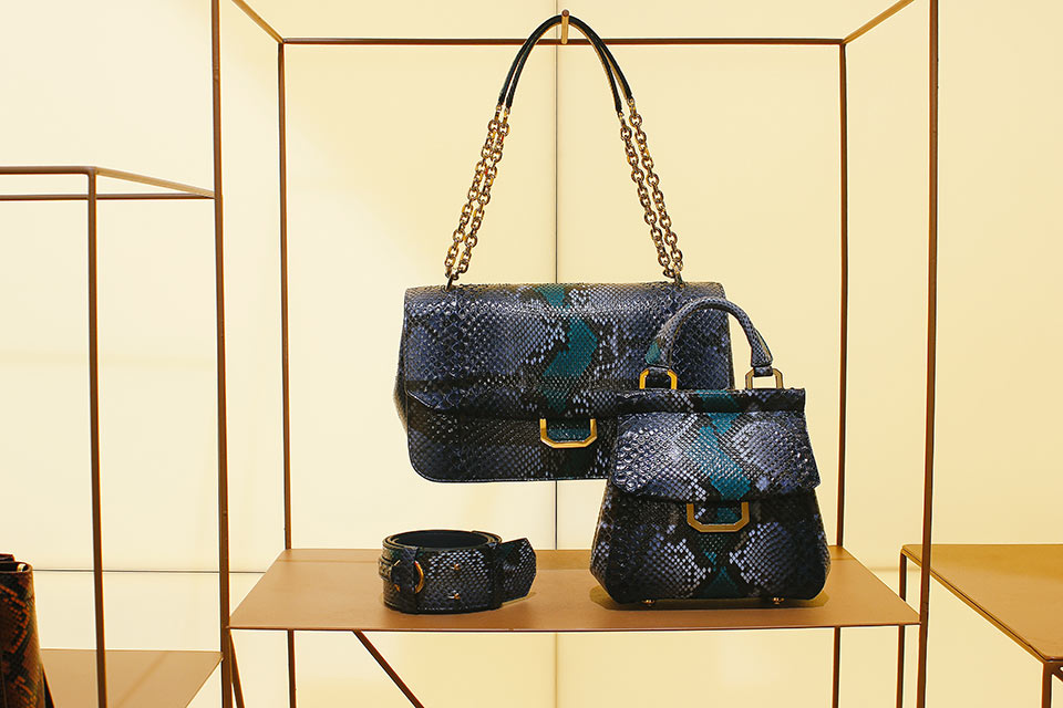 Bolsas com couro python - Bianchi e Nardi