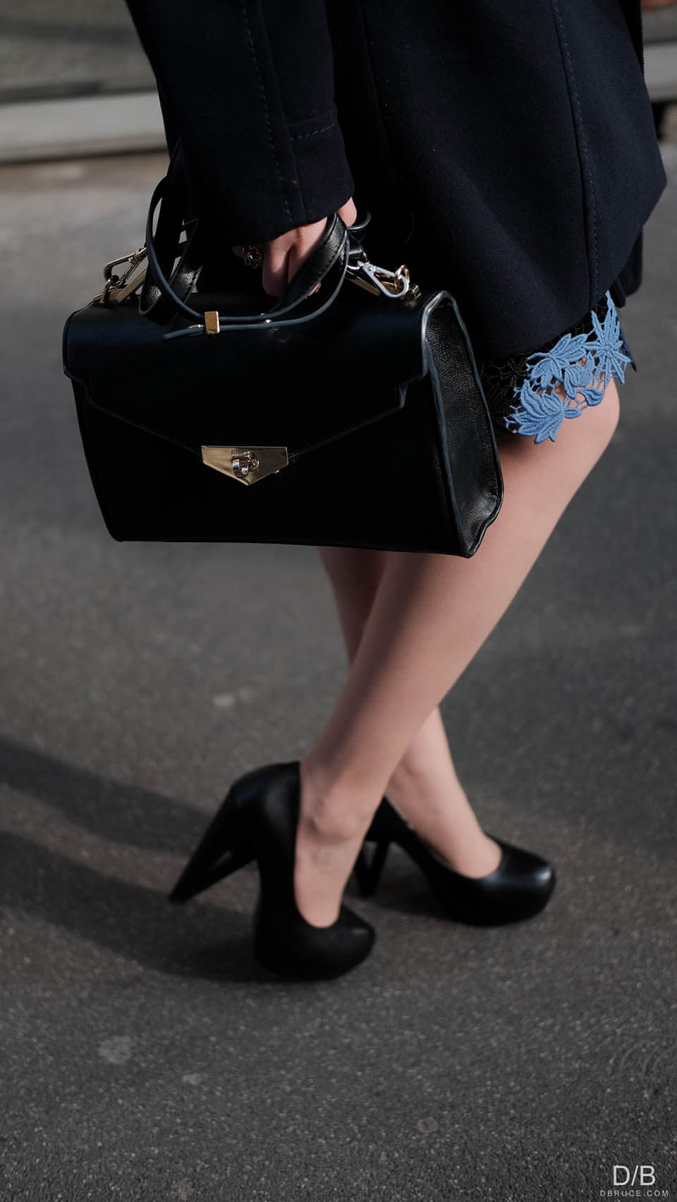 Details: black handbag and shoes