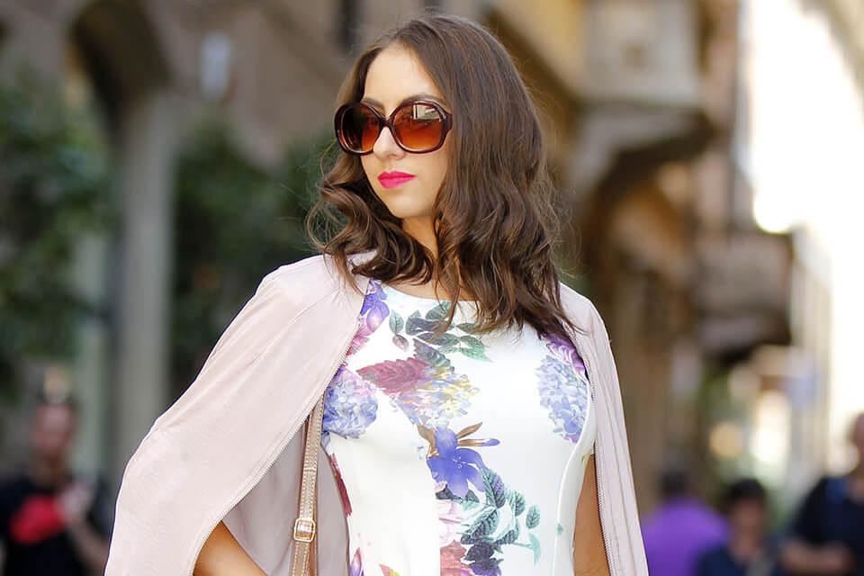 Vestido floral em Milão