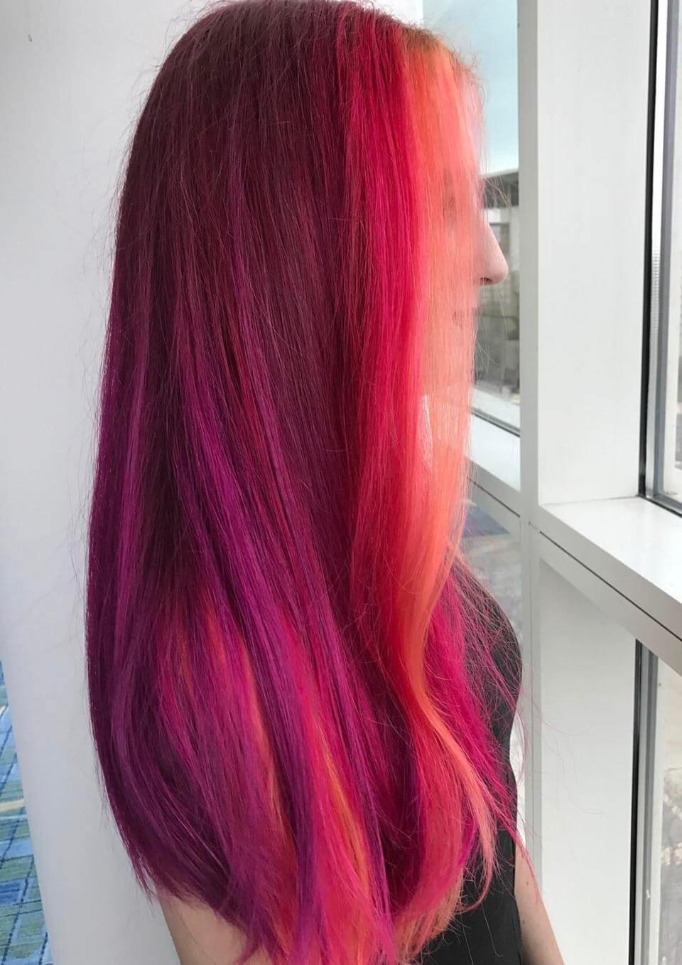 Cabelo rosa vibrante