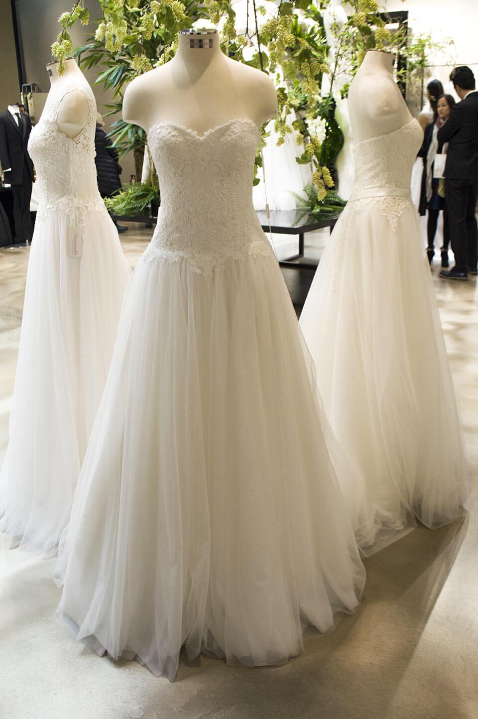 Bandeau design Wedding dress