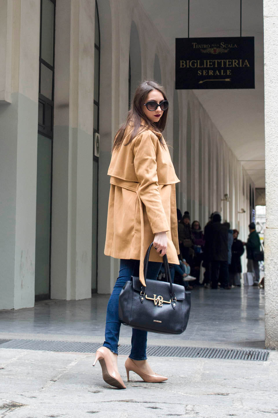 Camel coat - day outfit