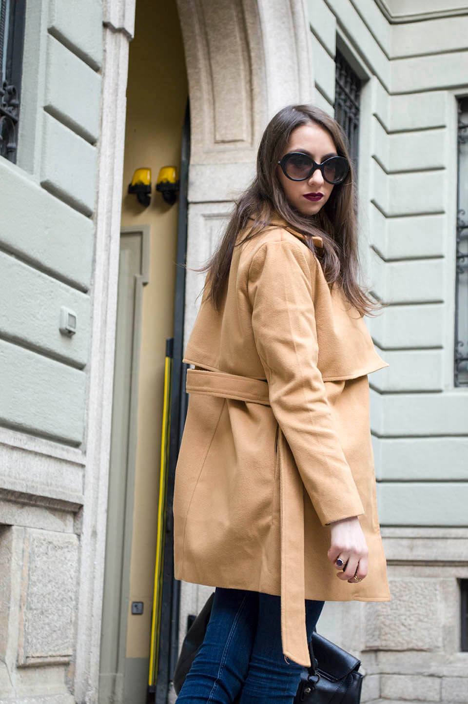 Denim and camel coat - fall outfit
