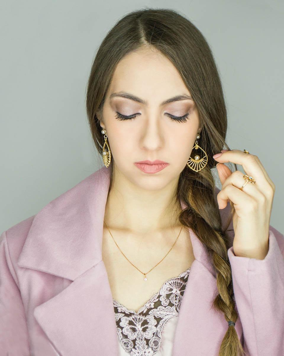 Manu Luize pink makeup